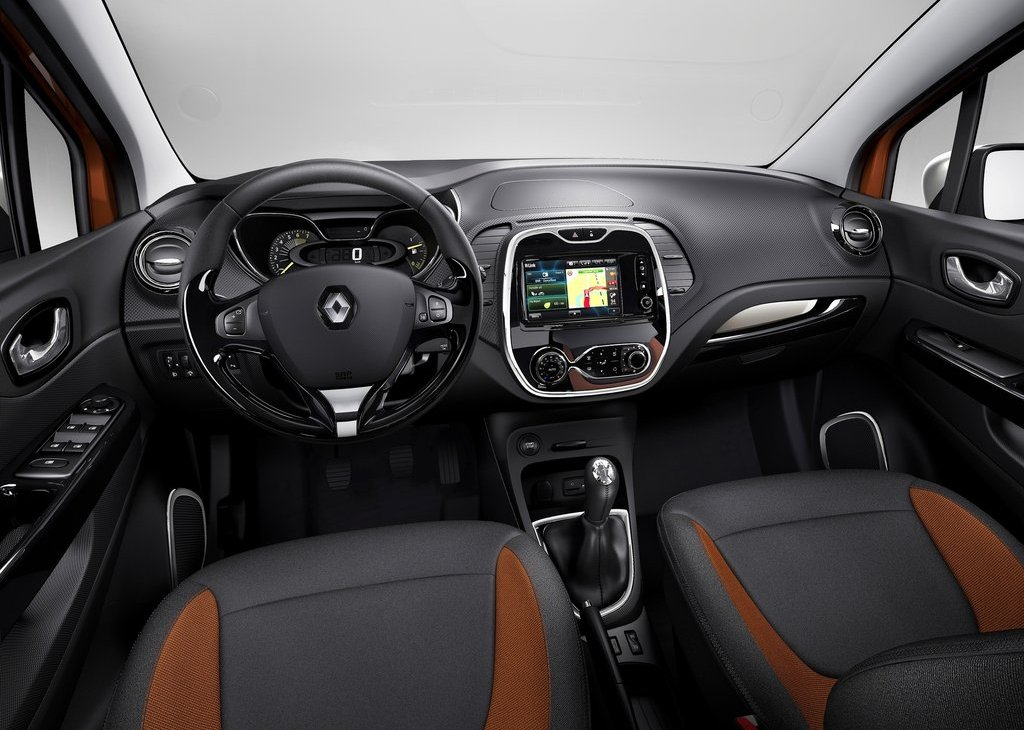 2014 Renault Captur Interior (Photo 4 of 7)