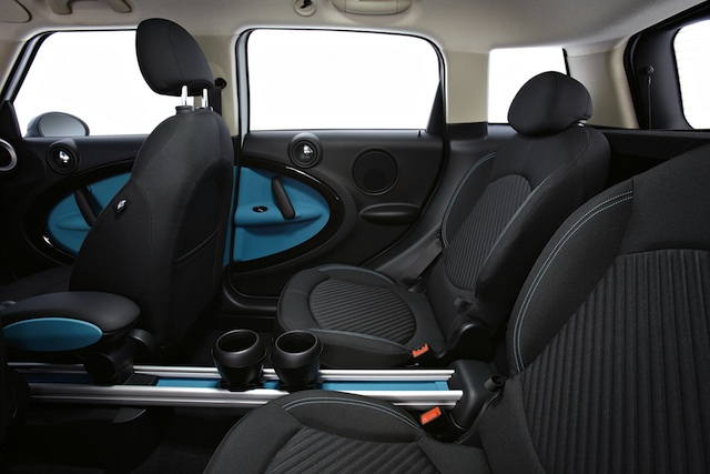 Mini All4 Countryman Inside (Photo 3 of 7)