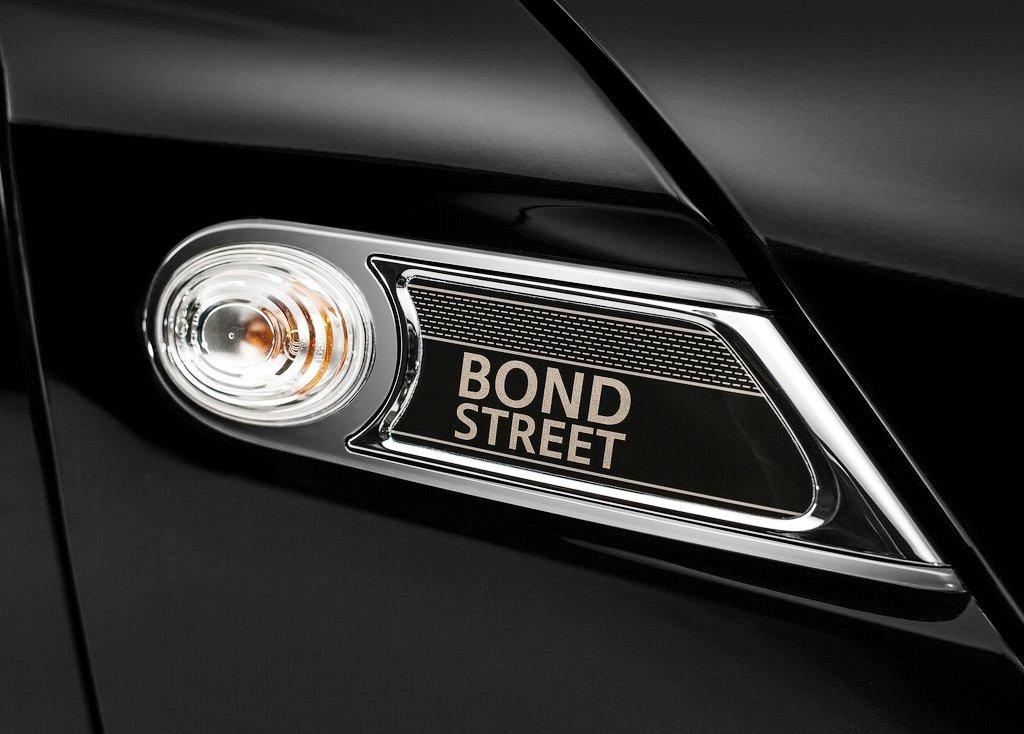 2013 Mini Clubman Bond Street Emblem (Photo 2 of 7)