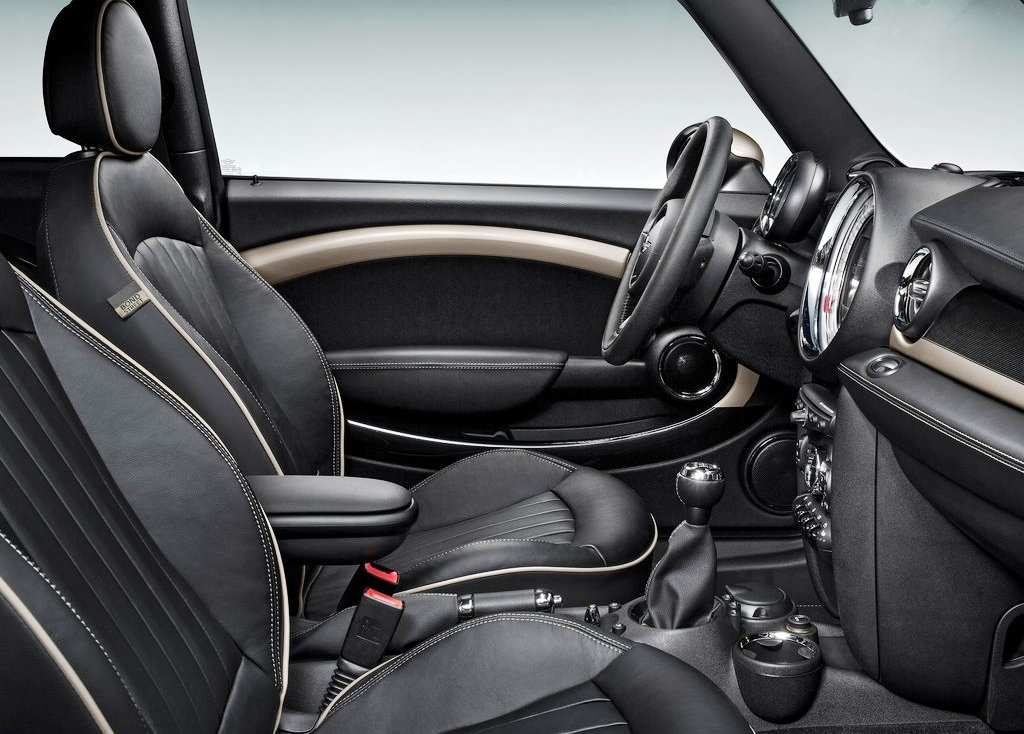 2013 Mini Clubman Bond Street Inside (Photo 5 of 7)