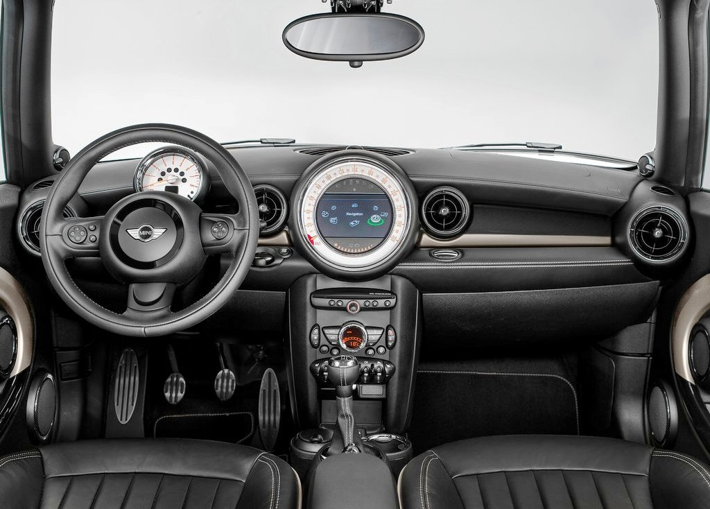 2013 Mini Clubman Bond Street Interior (Photo 6 of 7)