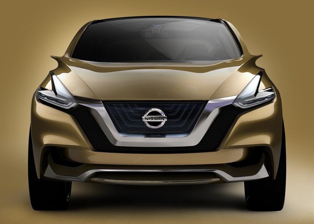 2013 Nissan Resonance Front View (Photo 3 of 6)
