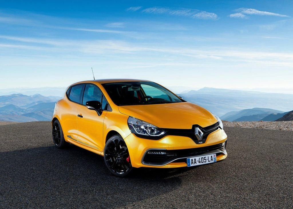 Featured Image of Renault Clio RS 200 (2013) Price Review