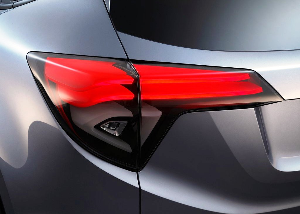2013 Honda Urban Suv Concept Tail Lamp (Photo 5 of 5)