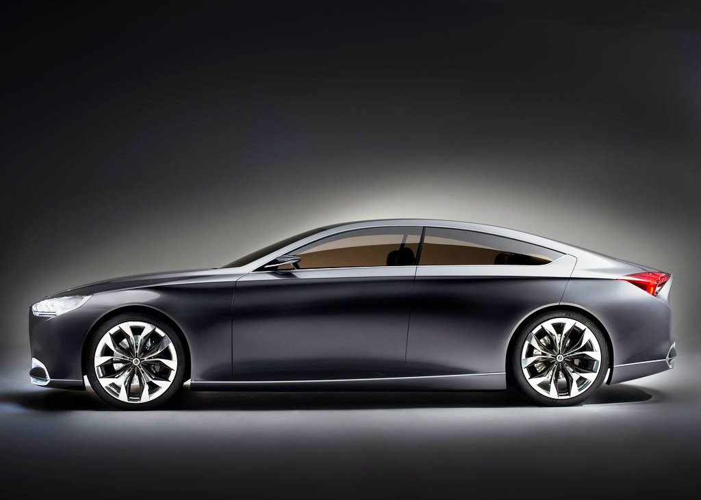2013 Hyundai Genesis Side View (Photo 5 of 7)