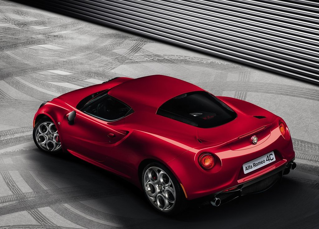 2014 Alfa Romeo 4C Wallpaper (Photo 3 of 3)