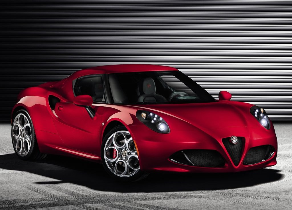 Featured Image of 2014 Alfa Romeo 4C Unveils At Geneva Motor Show
