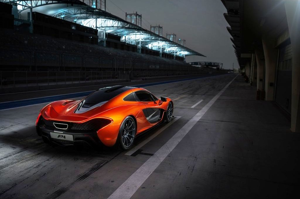 2014 McLaren P1 Rear (Photo 5 of 7)
