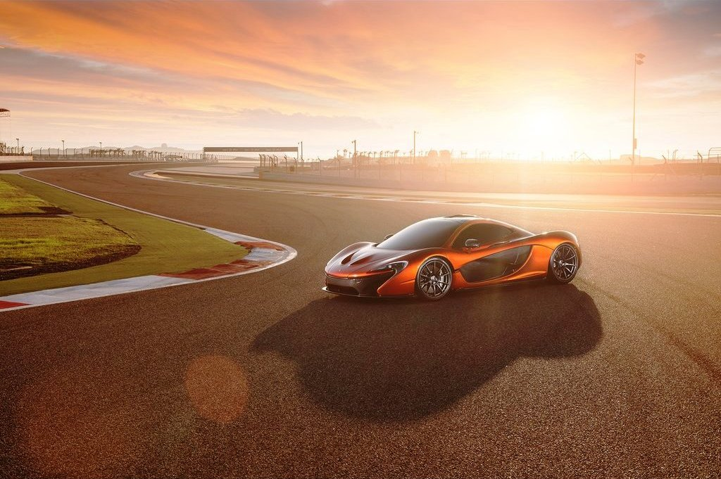 2014 McLaren P1 Specification (Photo 6 of 7)