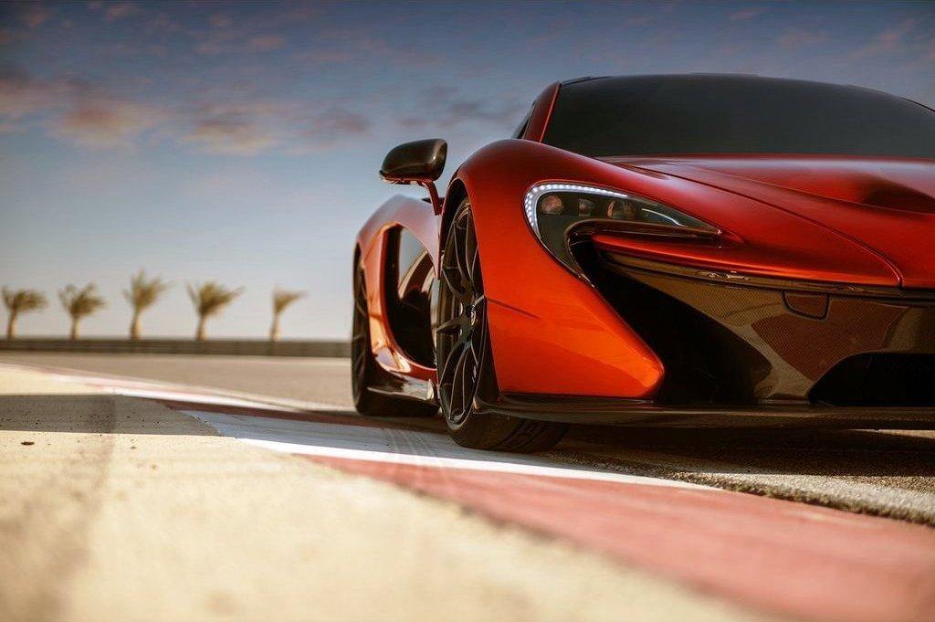 Featured Image of 2014 McLaren P1 Debuts At Geneva Motor Show