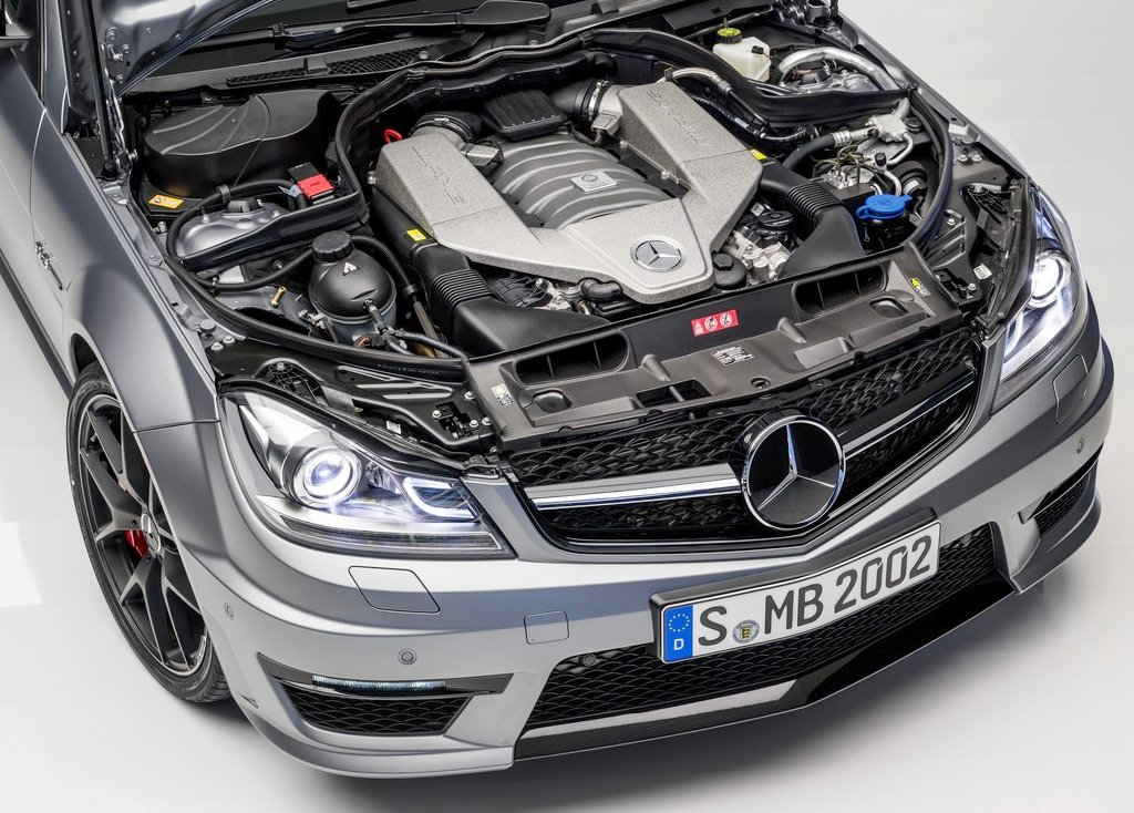 2014 Mercedes C63 AMG Engine (Photo 3 of 7)