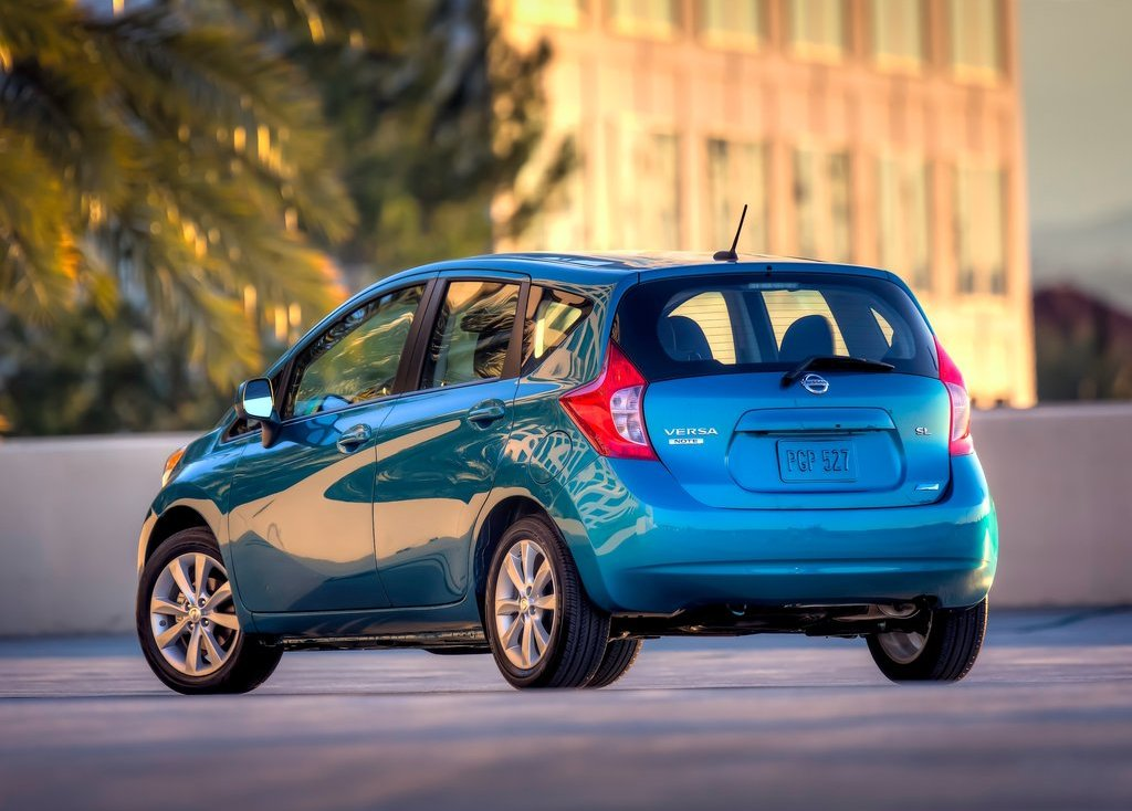 2014 Nissan Versa Note Rear Angle (Photo 6 of 8)
