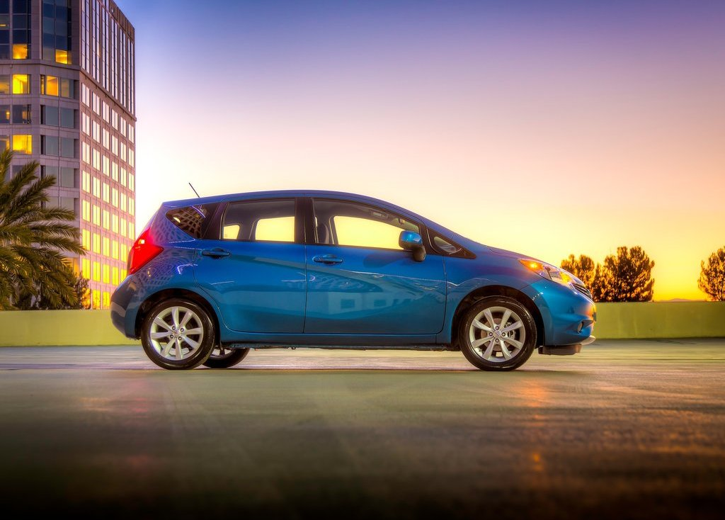 2014 Nissan Versa Note Side View (Photo 7 of 8)