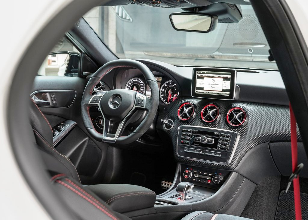 2014 Mercedes Benz A45 Amg Interior (Photo 3 of 8)