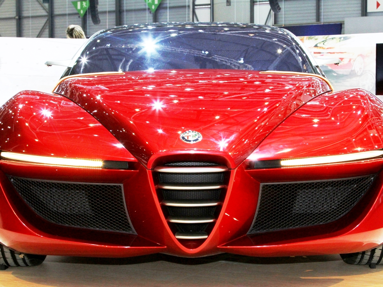 2013 Alfa Romeo Gloria Concept Exterior (Photo 2 of 6)