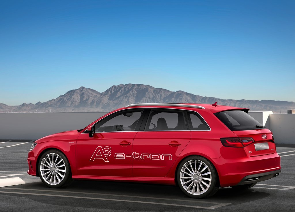 2013 Audi A3 E Tron Concept Side View (Photo 6 of 8)