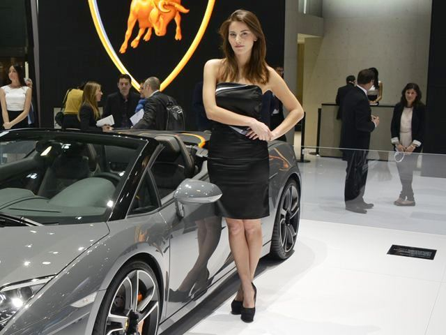 2013 Geneva Motor Show Beautiful Girl (Photo 3 of 19)