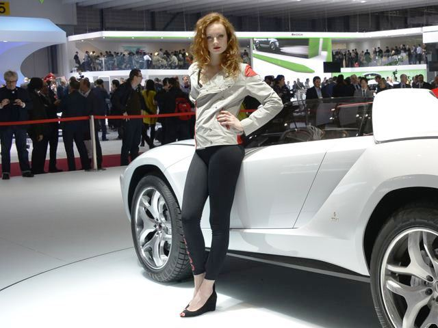 2013 Geneva Motor Show Car Girl (View 3 of 19)