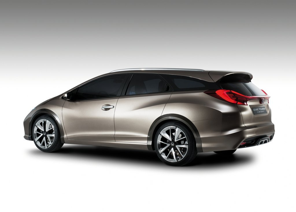 Featured Image of 2013 Honda Civic Tourer Concept Review