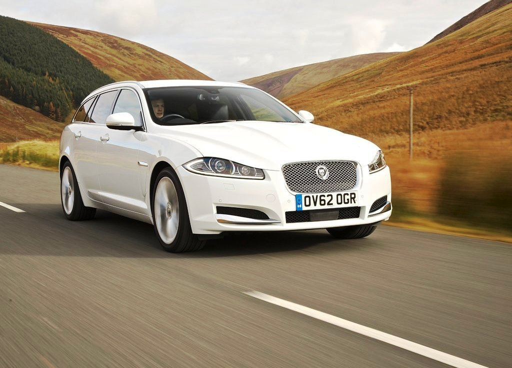 2013 Jaguar XF Sportbrake Review (View 4 of 9)