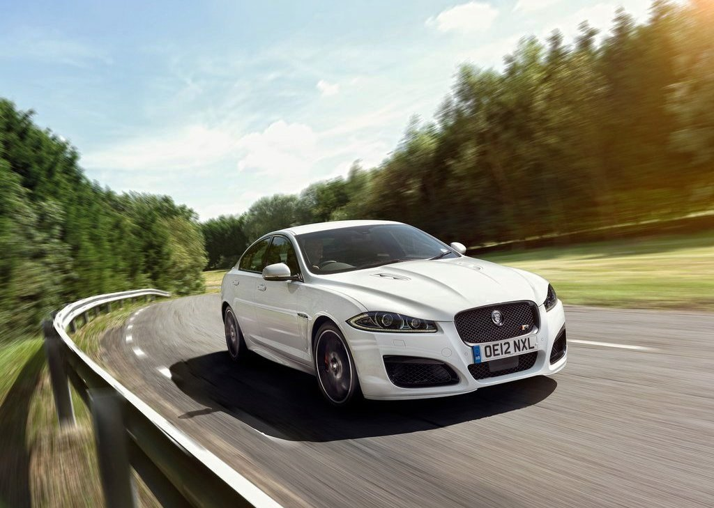 Jaguar XFR Speed Pack (Photo 15 of 26)