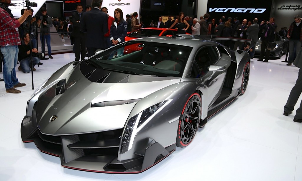 2013 Lamborghini Veneno Unveiled At Geneva Motor Show (Photo 5 of 6)