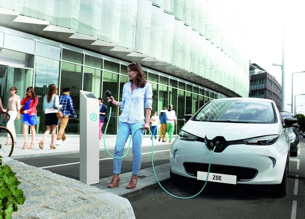 2013 Renault ZOE Electric Cars (Photo 3 of 10)