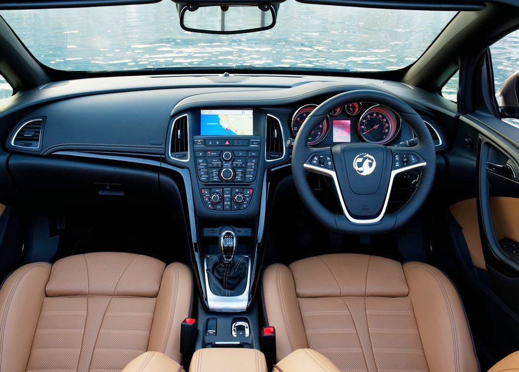 2013 Vauxhall Cascada Interior Pictures (Photo 5 of 8)