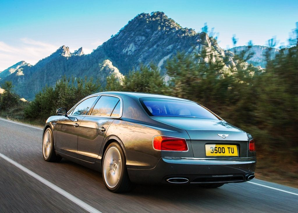 2014 Bentley Flying Spur Rear Angle (Photo 5 of 7)