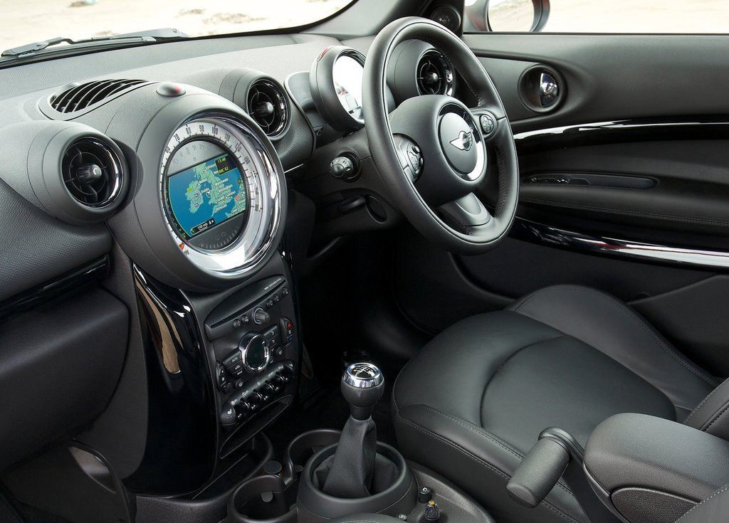 2014 Mini Paceman Interior (Photo 5 of 8)