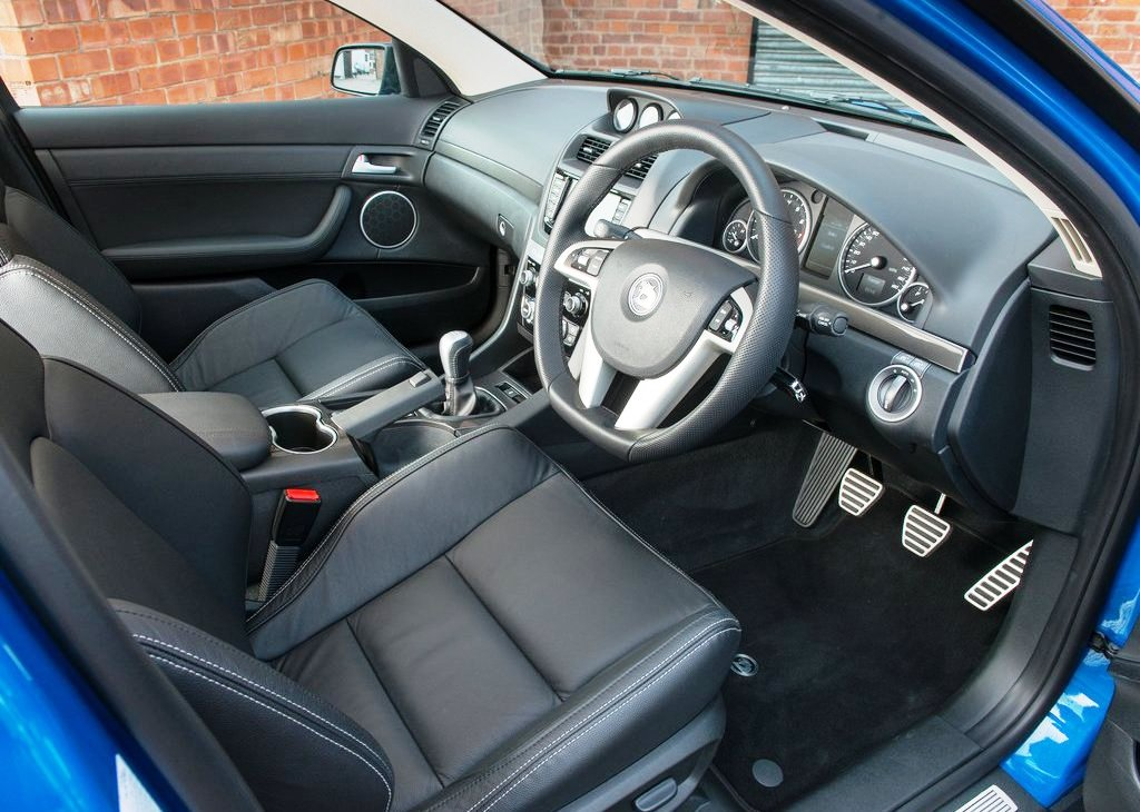 2013 Vauxhall VXR8 Tourer Interior Design (Photo 3 of 6)