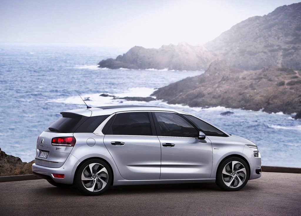 Featured Image of 2014 Citroen C4 Picasso Specification Review