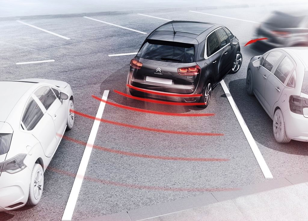 2014 Citroen C4 Picasso Parking Safety System (Photo 5 of 9)