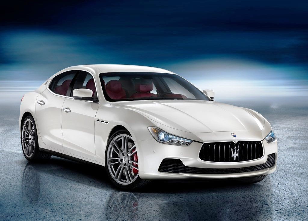 Featured Image of 2014 Maserati Ghibli Diesel Specs Review