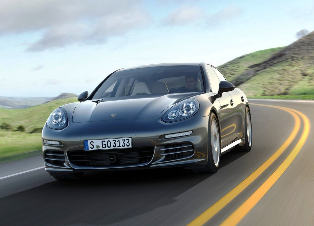 Featured Image of 2014 Porsche Panamera Plug In Hybrid Luxury Cars