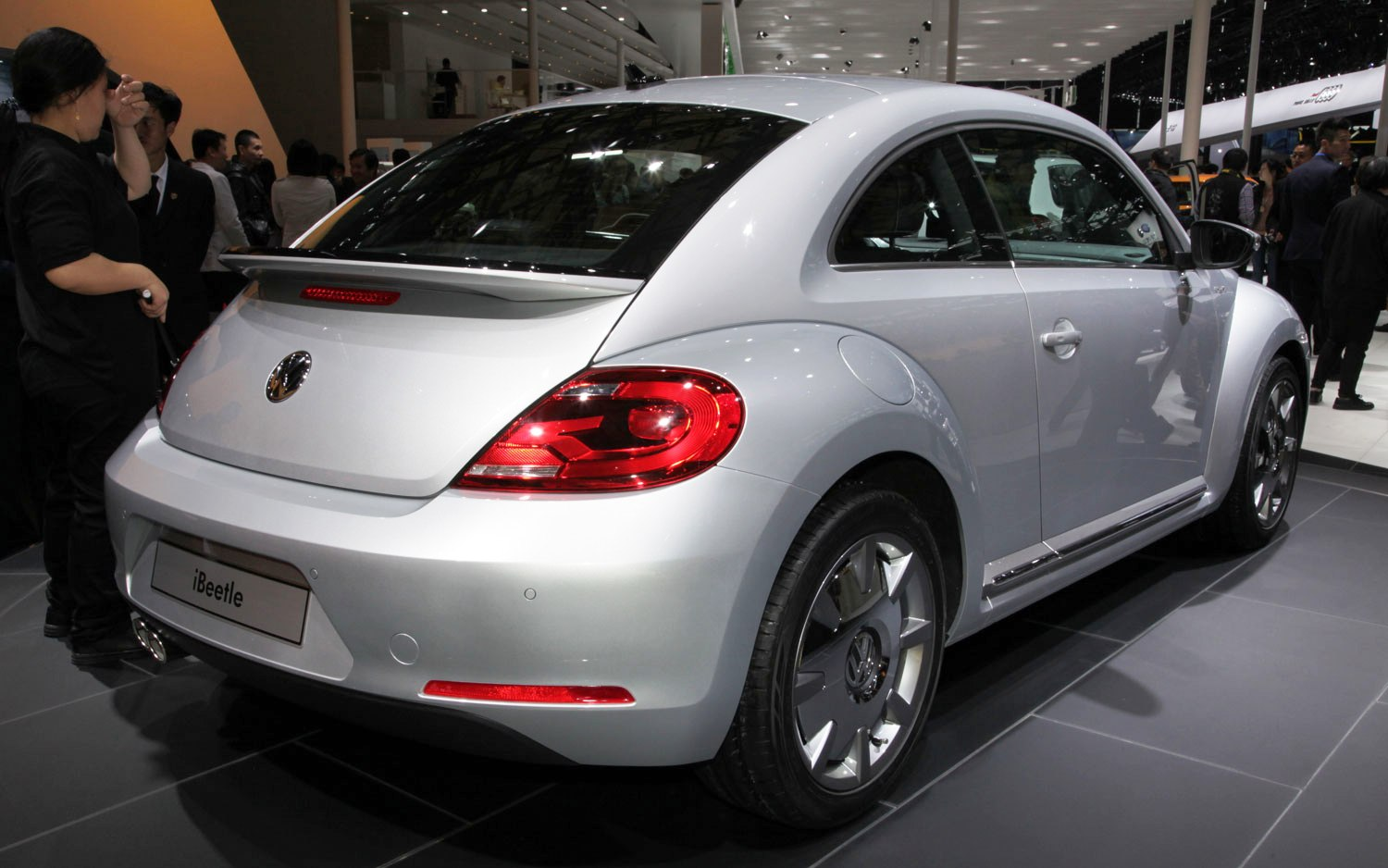 2014 Volkswagen IBeetle At Shanghai Motor Show (Photo 1 of 6)