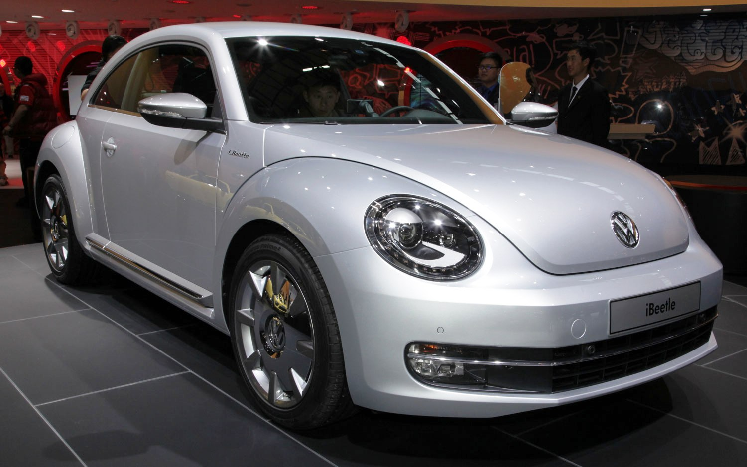 2014 Volkswagen IBeetle (View 4 of 6)