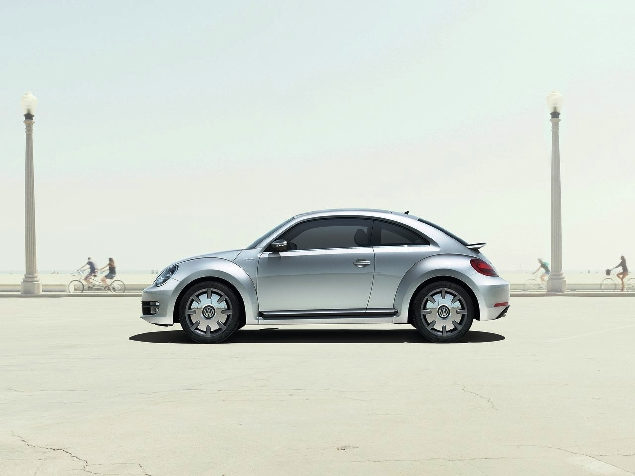 Featured Image of 2014 Volkswagen IBeetle Gets Apple IPhone