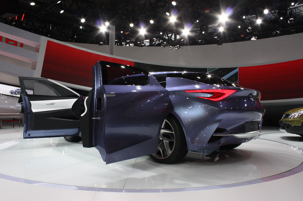 Nissan Friend ME Concept Exterior Design (View 3 of 7)