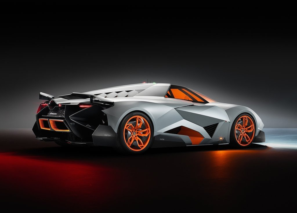 2013 Lamborghini Egoista Concept Review (Photo 3 of 9)