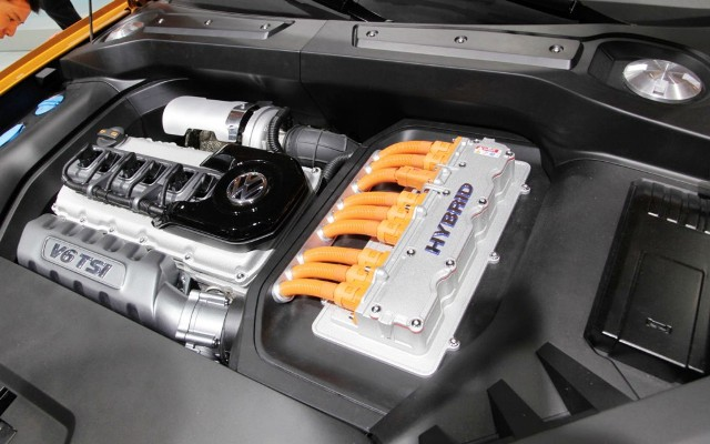 2013 Volkswagen CrossBlue Coupe Engine Powertrain (Photo 2 of 8)