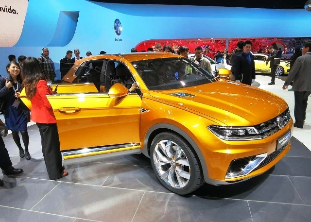 Featured Image of 2013 Volkswagen CrossBlue Coupe Concept Review
