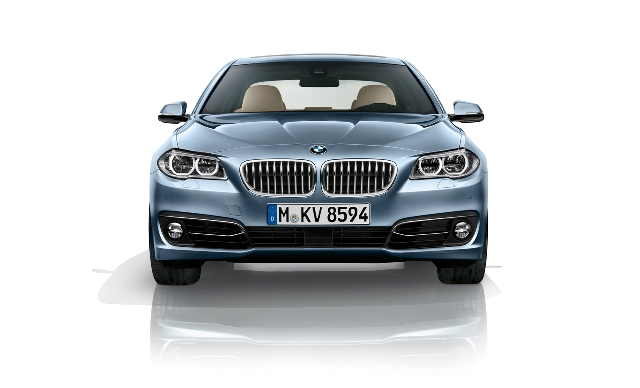 2014 BMW 5 ActiveHybrid Front View (Photo 3 of 5)