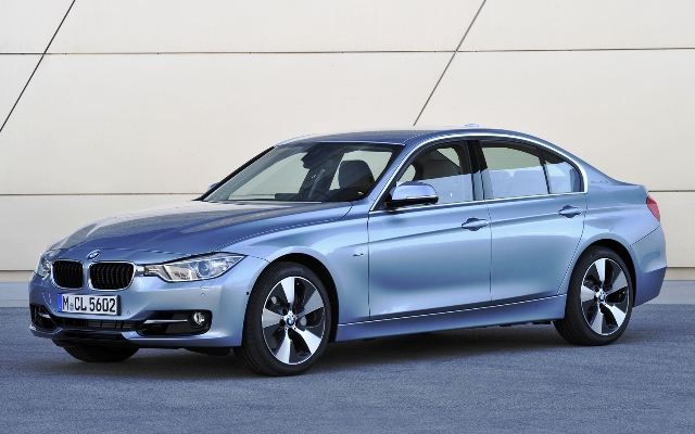 2014 BMW 5 ActiveHybrid (View 4 of 5)