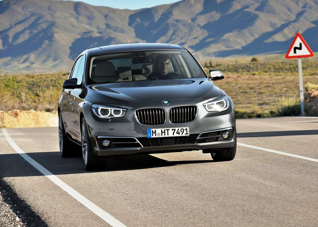 2014 BMW 5 Series Gran Turismo Front View (Photo 4 of 8)