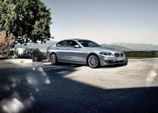 2014 BMW 5 Series Sedan Pictures (Photo 6 of 9)