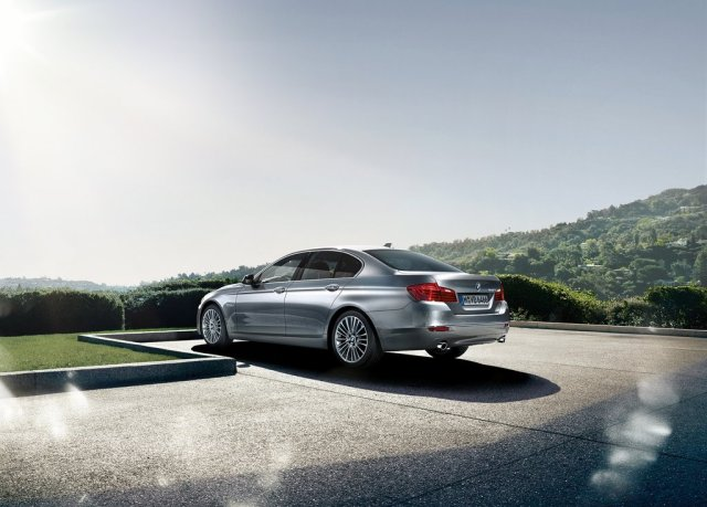 2014 BMW 5 Series Sedan Specs Price (Photo 8 of 9)