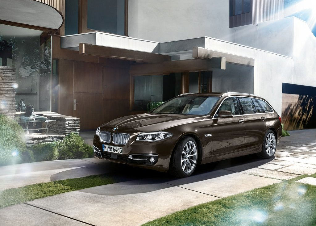 2014 BMW 5 Series Touring Wallpaper (Photo 9 of 9)