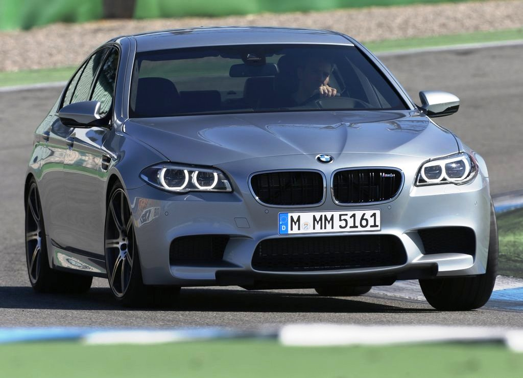 2014 BMW M5 Wallpaper (View 7 of 9)
