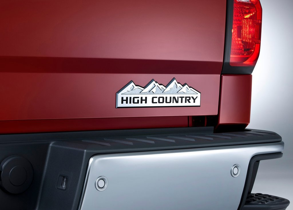 2014 Chevrolet Silverado High Country Emblem (View 1 of 9)